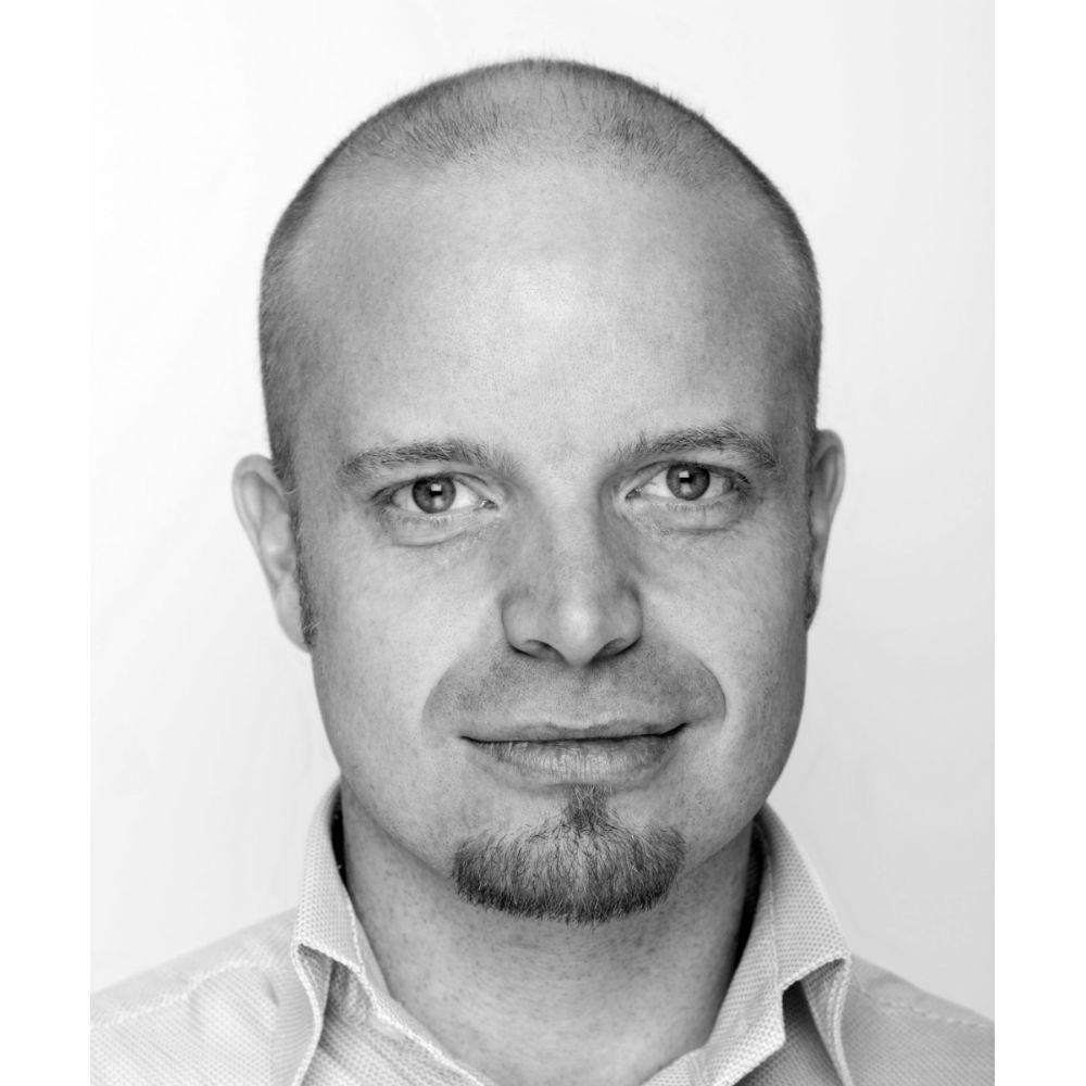 Simplimize konsulent Rasmus Pedersen - Worm Development