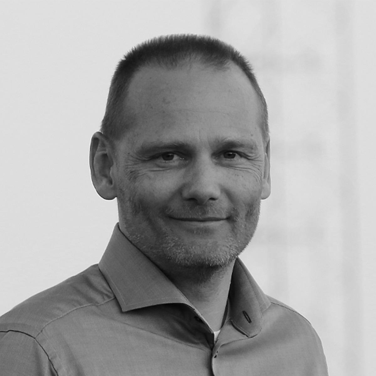 Simplimize konsulent Henrik Hallen - PLM Consult